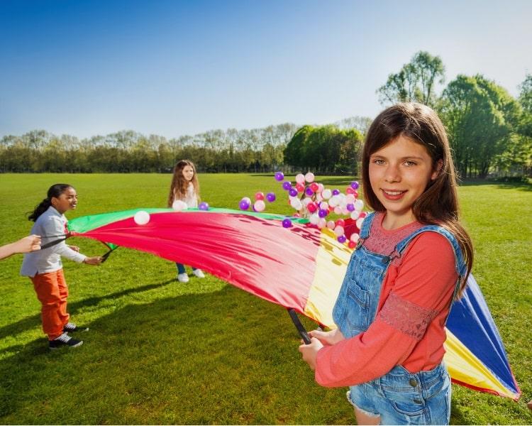 Popcorn parachute game