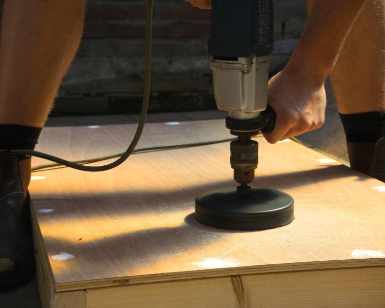 Make your own cornhole board