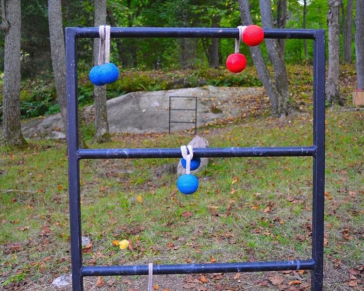 Metal ladder ball game